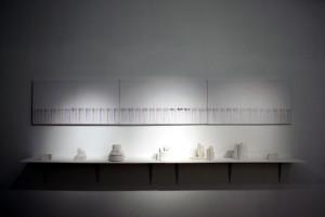 холст, печать, сольвент; гипс, найденный упаковочный пенопласт; 300х100х35 см. 2010